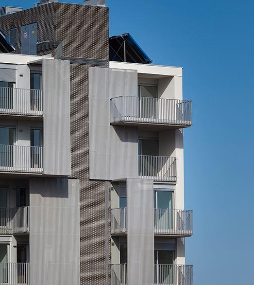 Edificio plurifamiliar de 36 viviendas, locales y aparcamiento en Barcelona